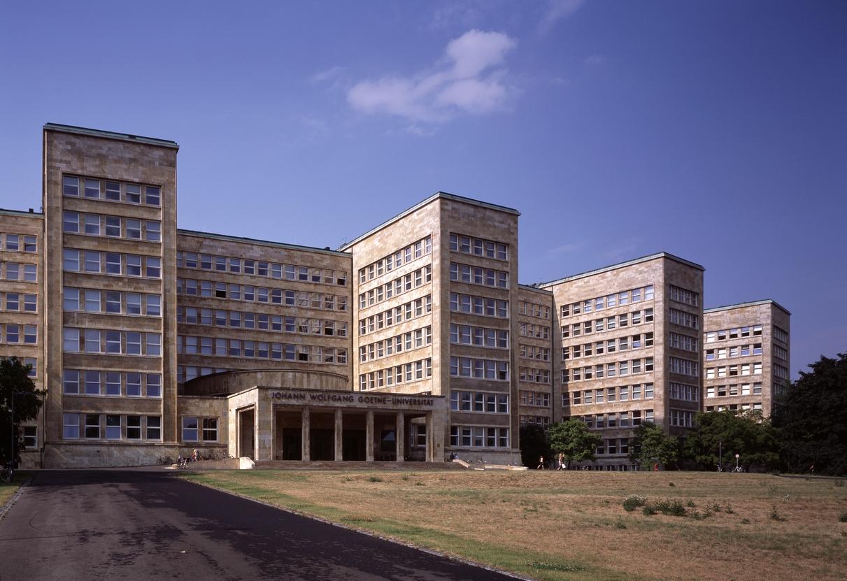 Verwaltungsgebäude der I.G. Farbenindustrie 1928-1931 (Foto: Florian Monheim)
